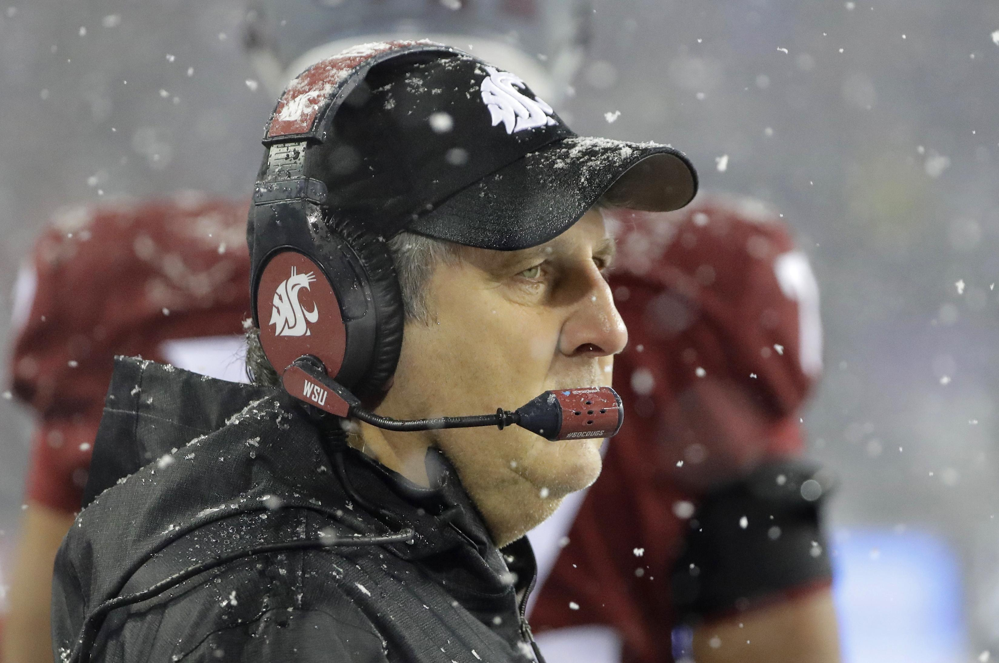 washington state s mike leach refutes report claiming no interest