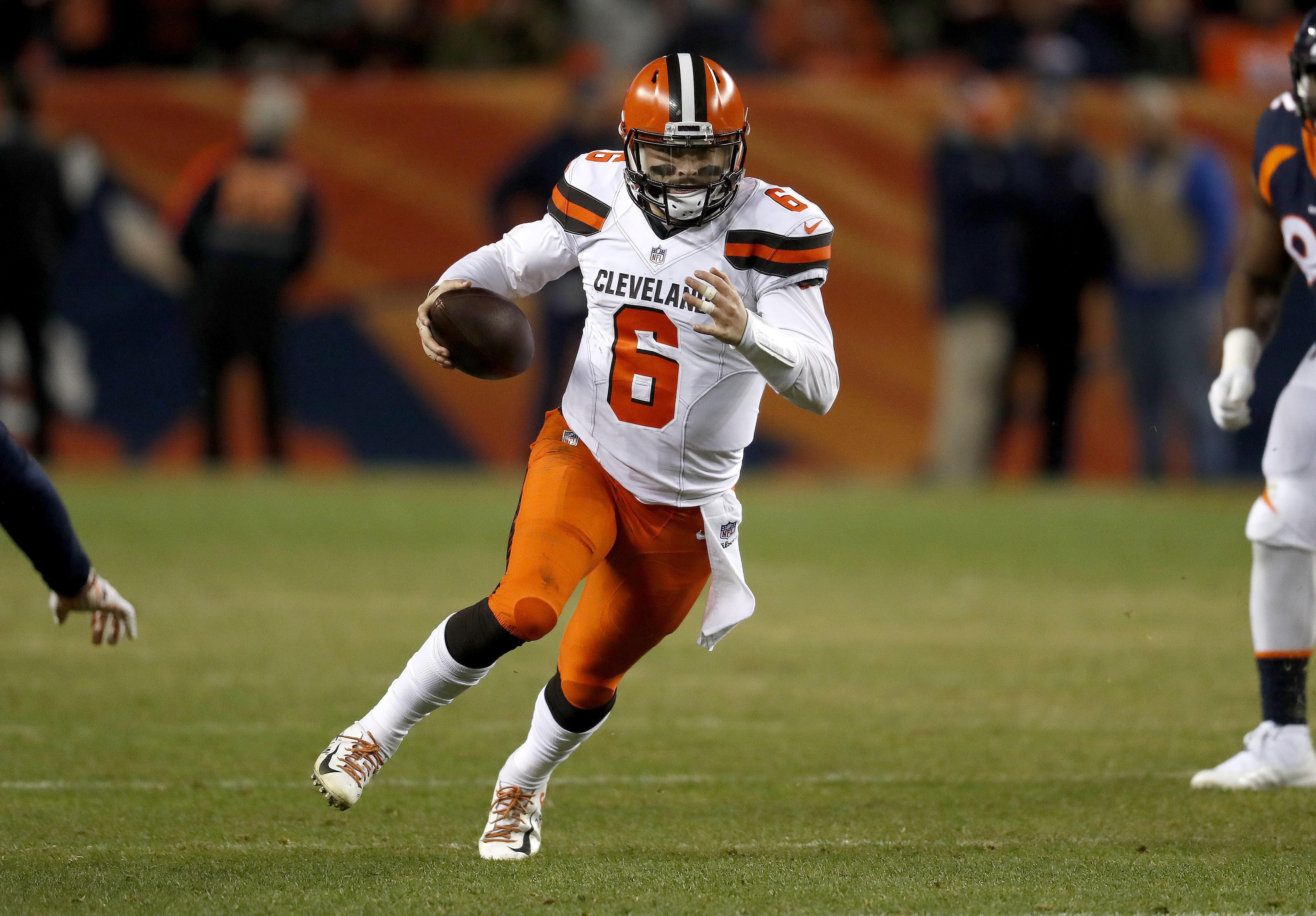 Cleveland Browns quarterback Baker Mayfield (6) scrambles against the  Denver Broncos during the second 2344eca1e