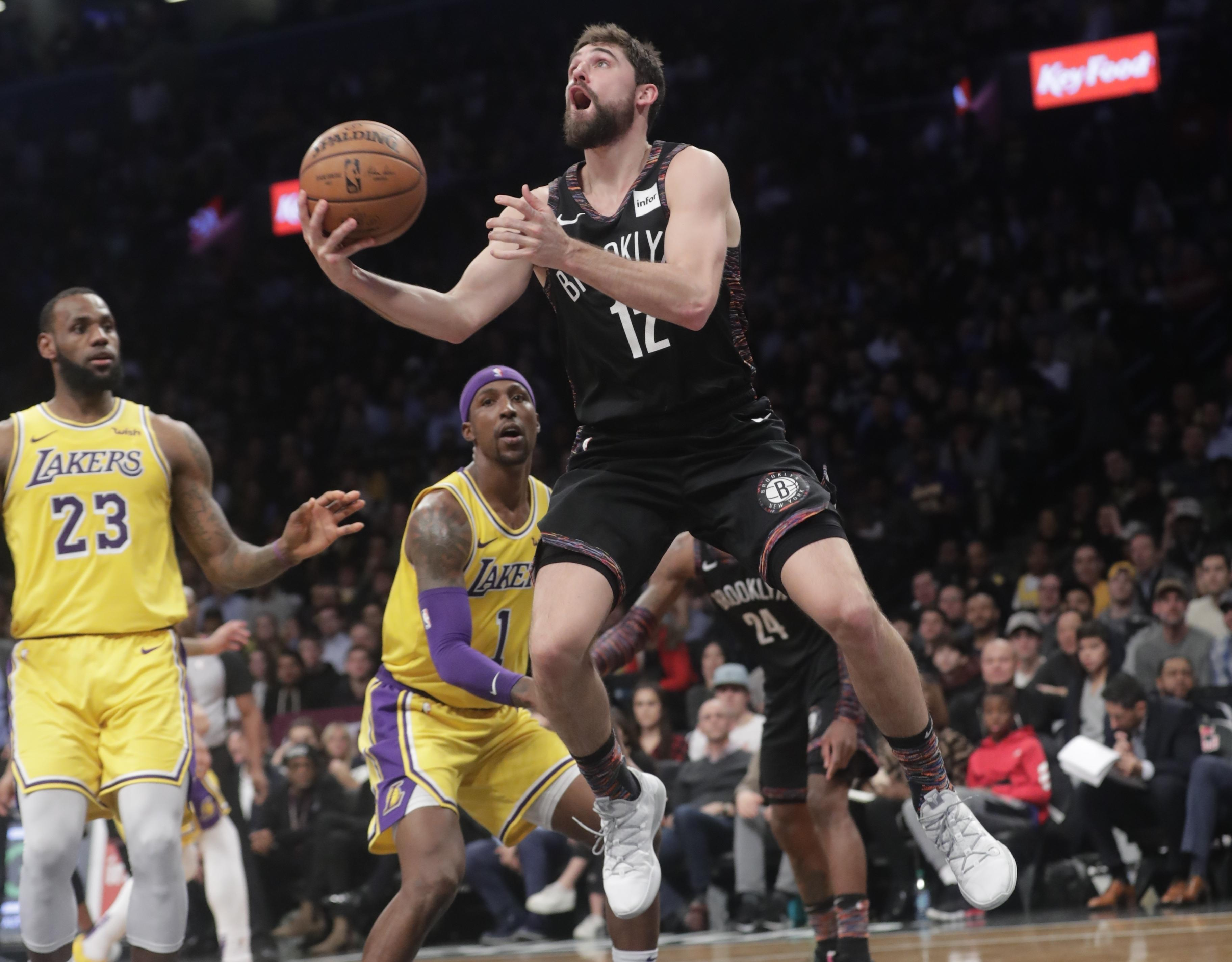 new product 05ba3 3072d NBA Capsules: D'Angelo Russell helps Nets hold off Lakers ...