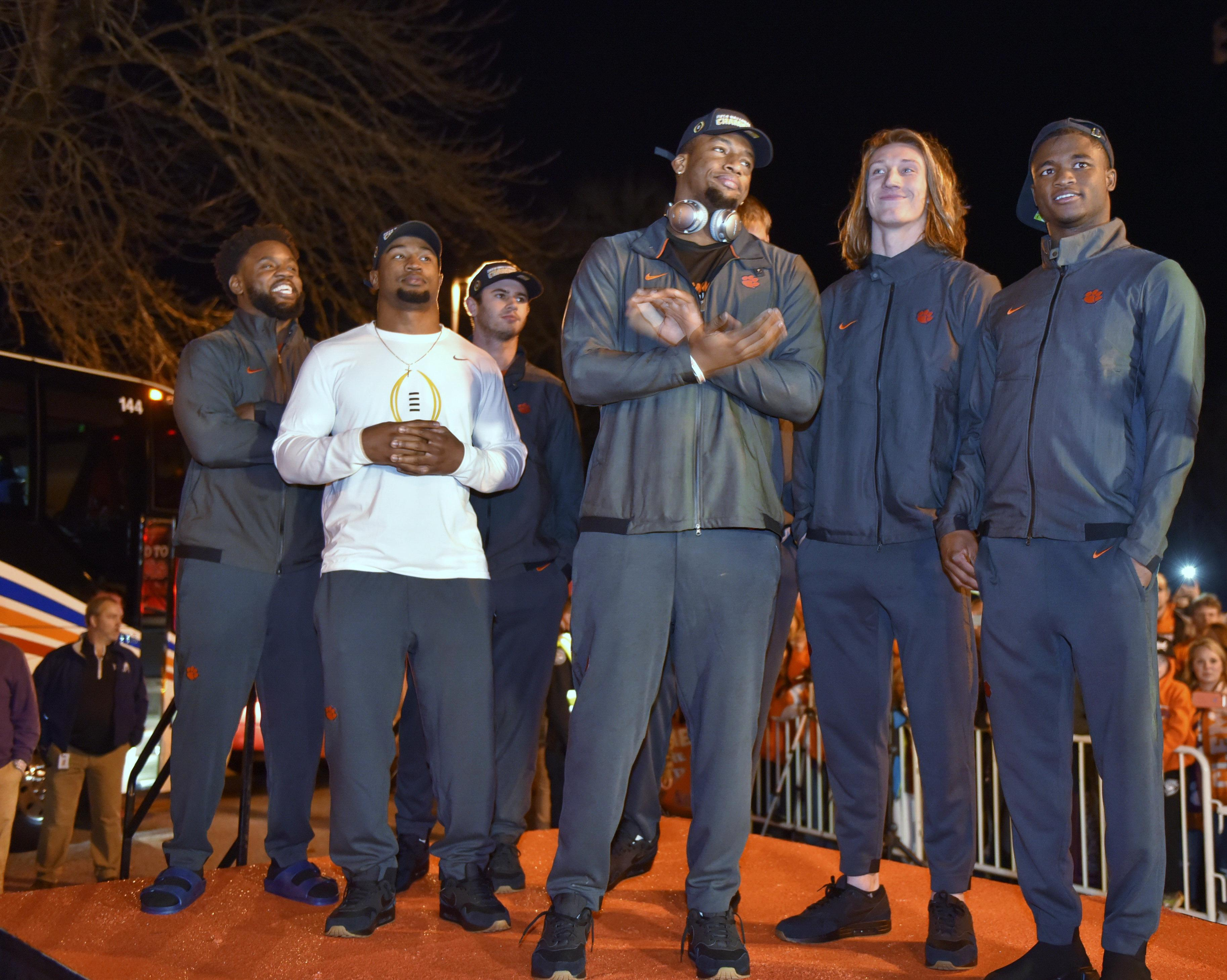 Suspended Clemson DT Dexter Lawrence among 3 Tigers off to NFL | The