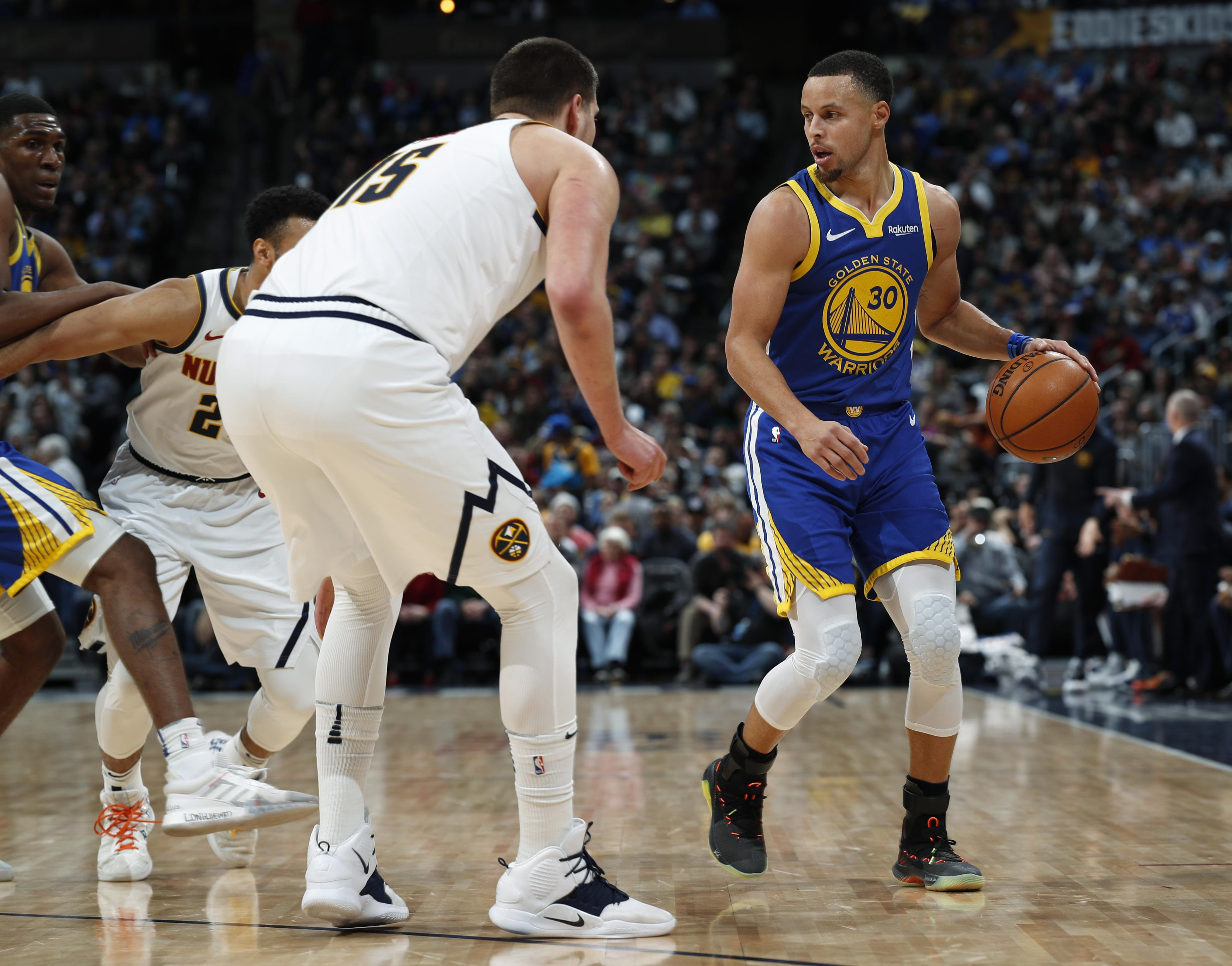 1c30aa9e10aa NBA roundup  Warriors rout Nuggets after NBA-record 51 in first ...