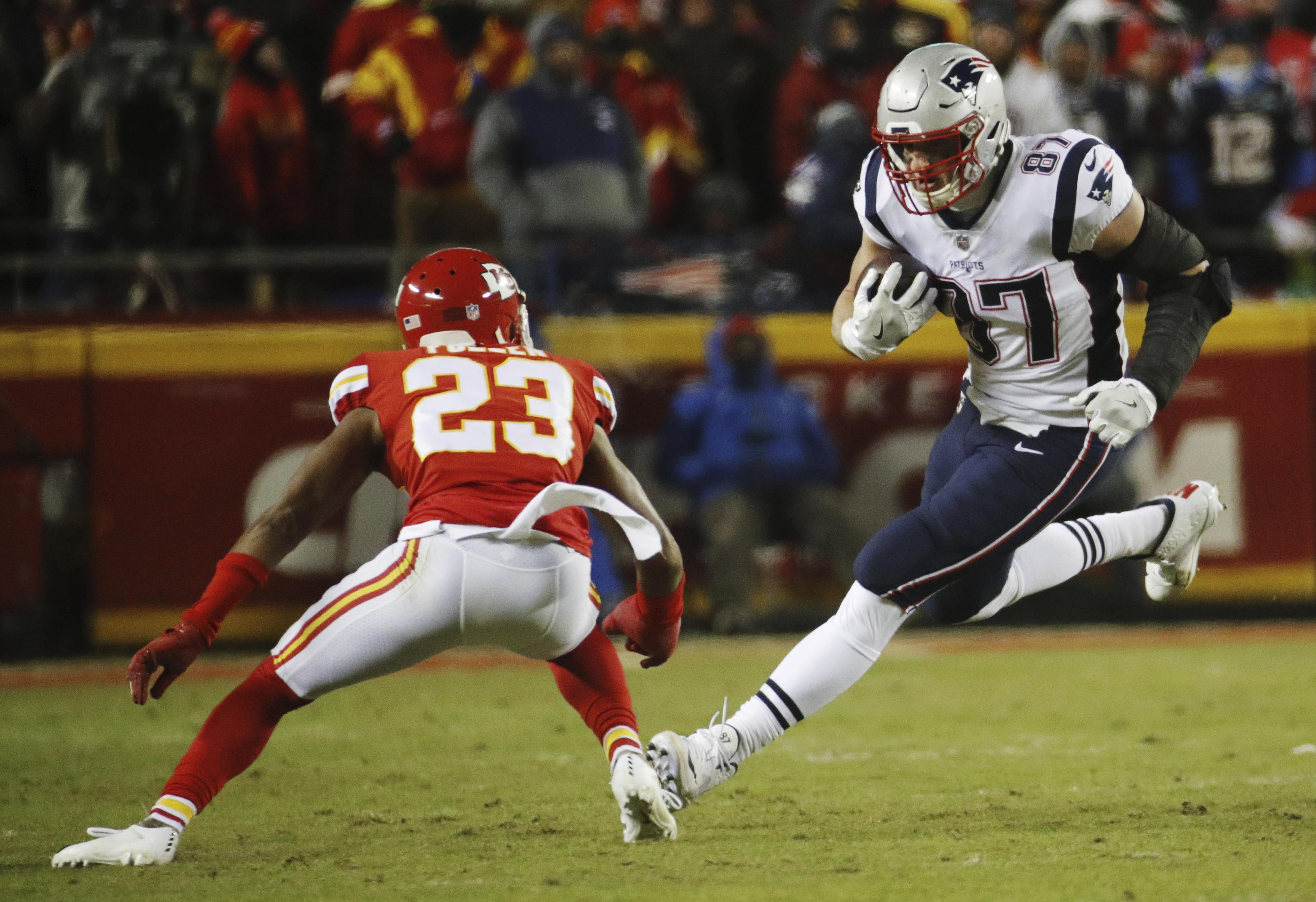 d37a71233e2 New England Patriots tight end Rob Gronkowski (87) runs against Kansas City  Chiefs cornerback