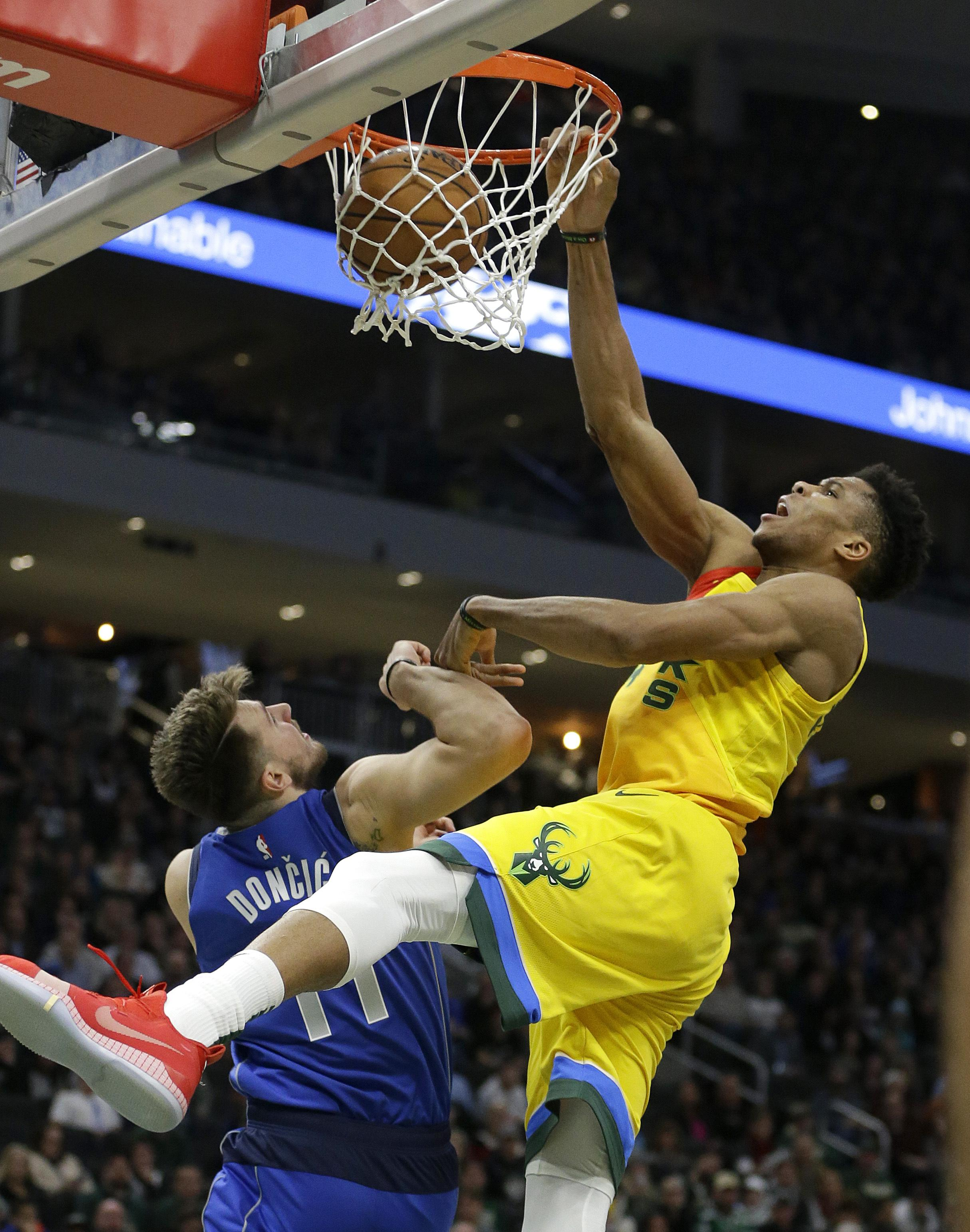 On Basketball: Giannis Antetokounmpo's dunk wins Round 1