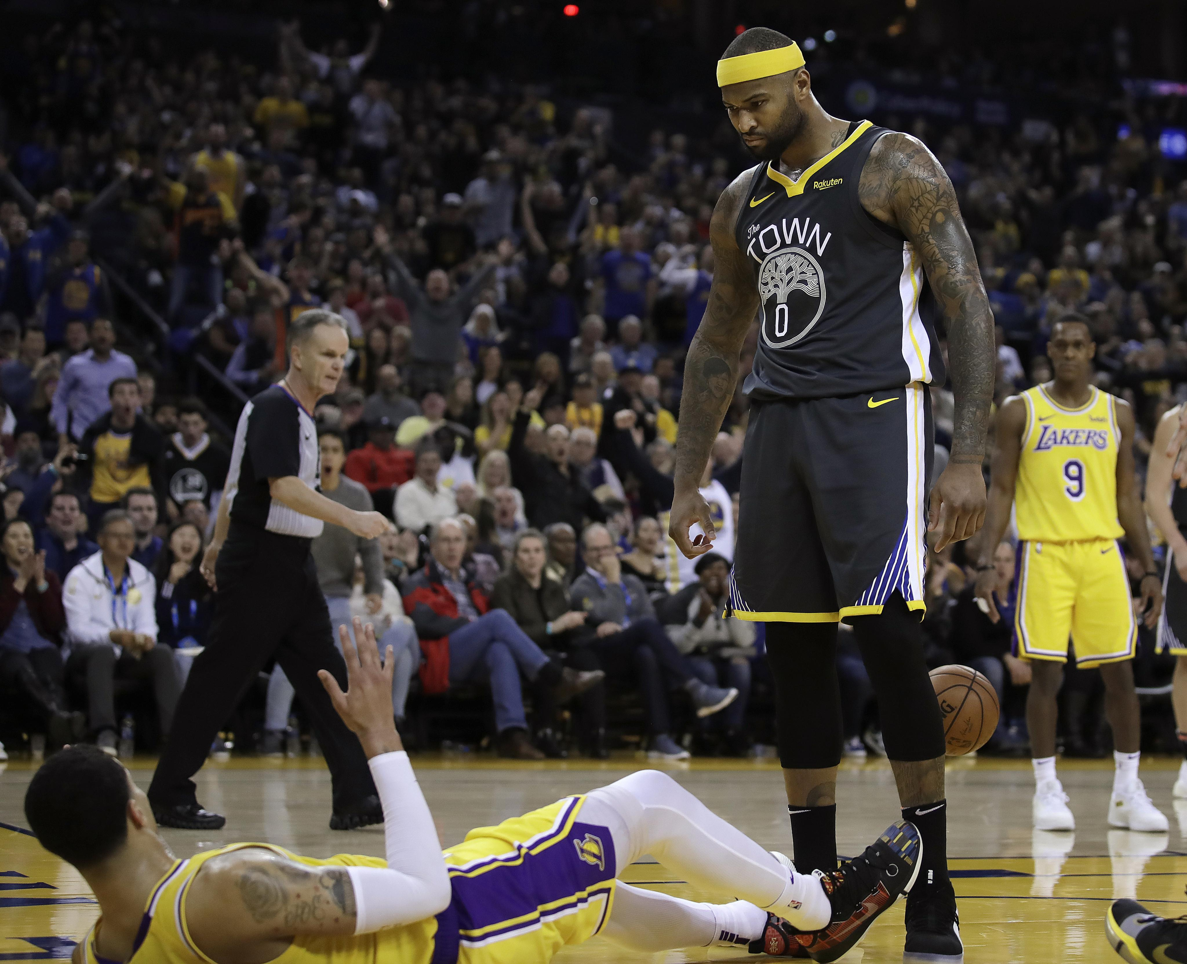 91519fc3ee9 NBA Capsules  Warriors beat Lakers 115-101 as LeBron James sit out ...
