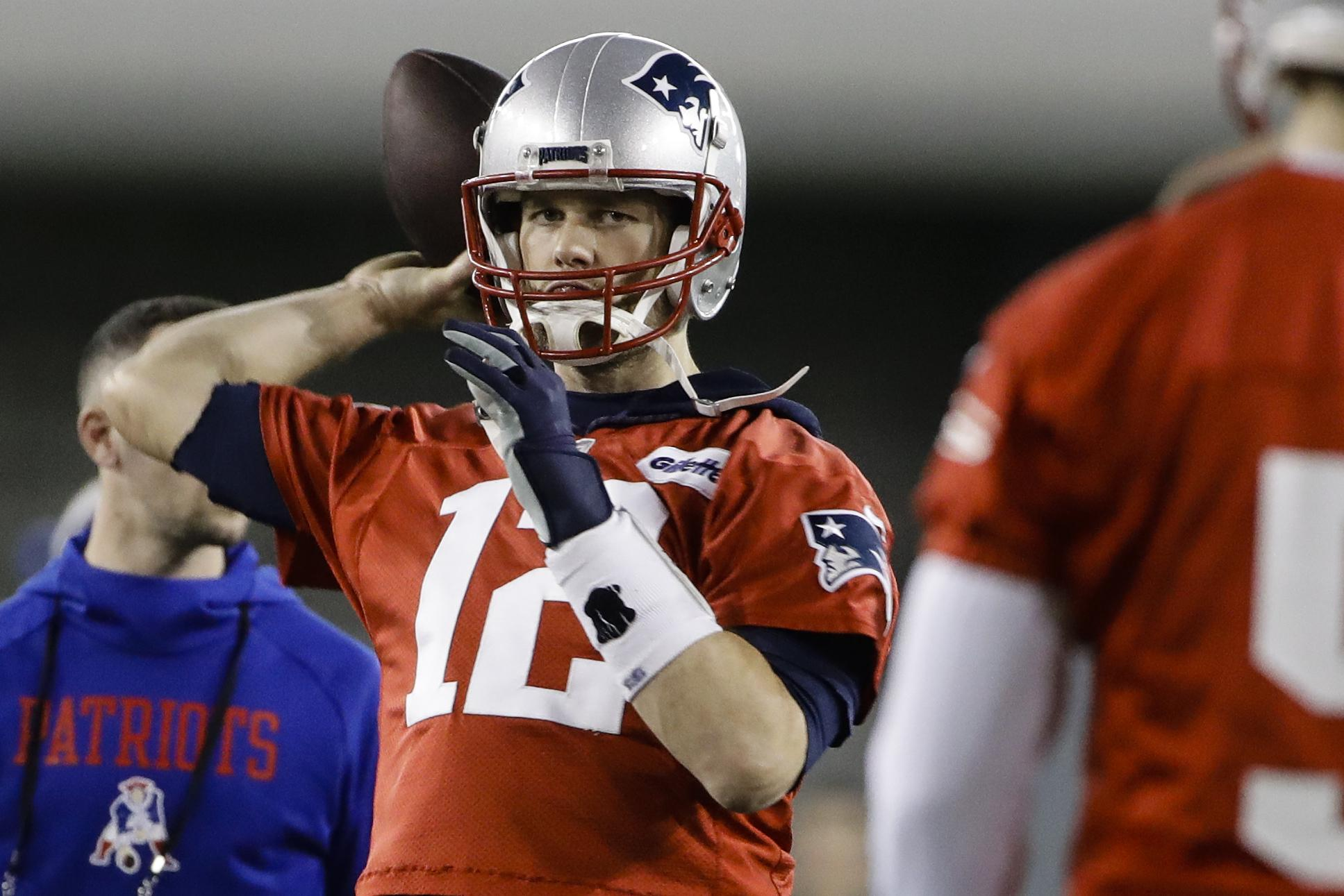 1bcd85fd489e04 New England Patriots quarterback Tom Brady throws a pass during practice  Friday in Atlanta, ahead