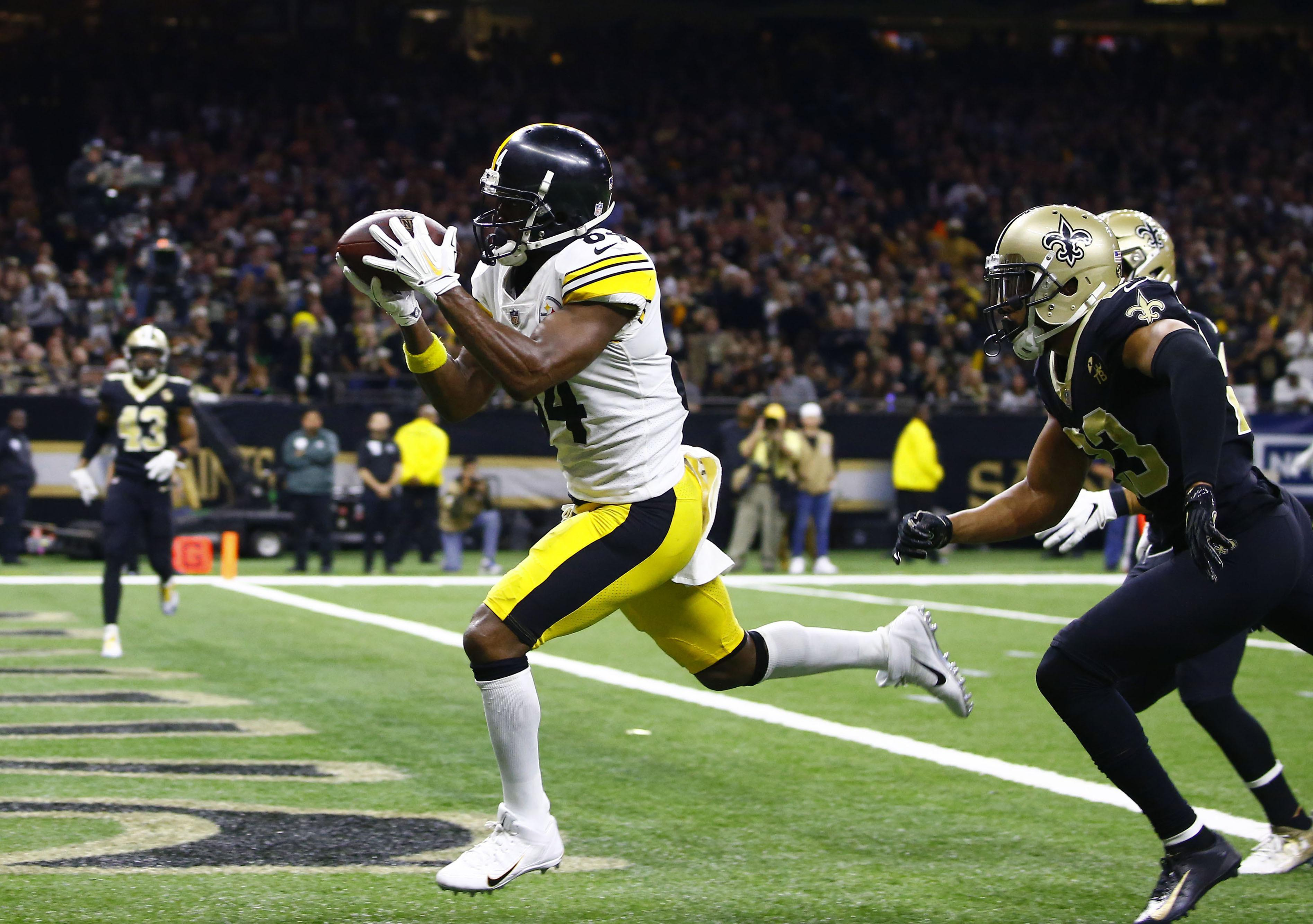65f18c06e AP Source  Antonio Brown asks Steelers for trade