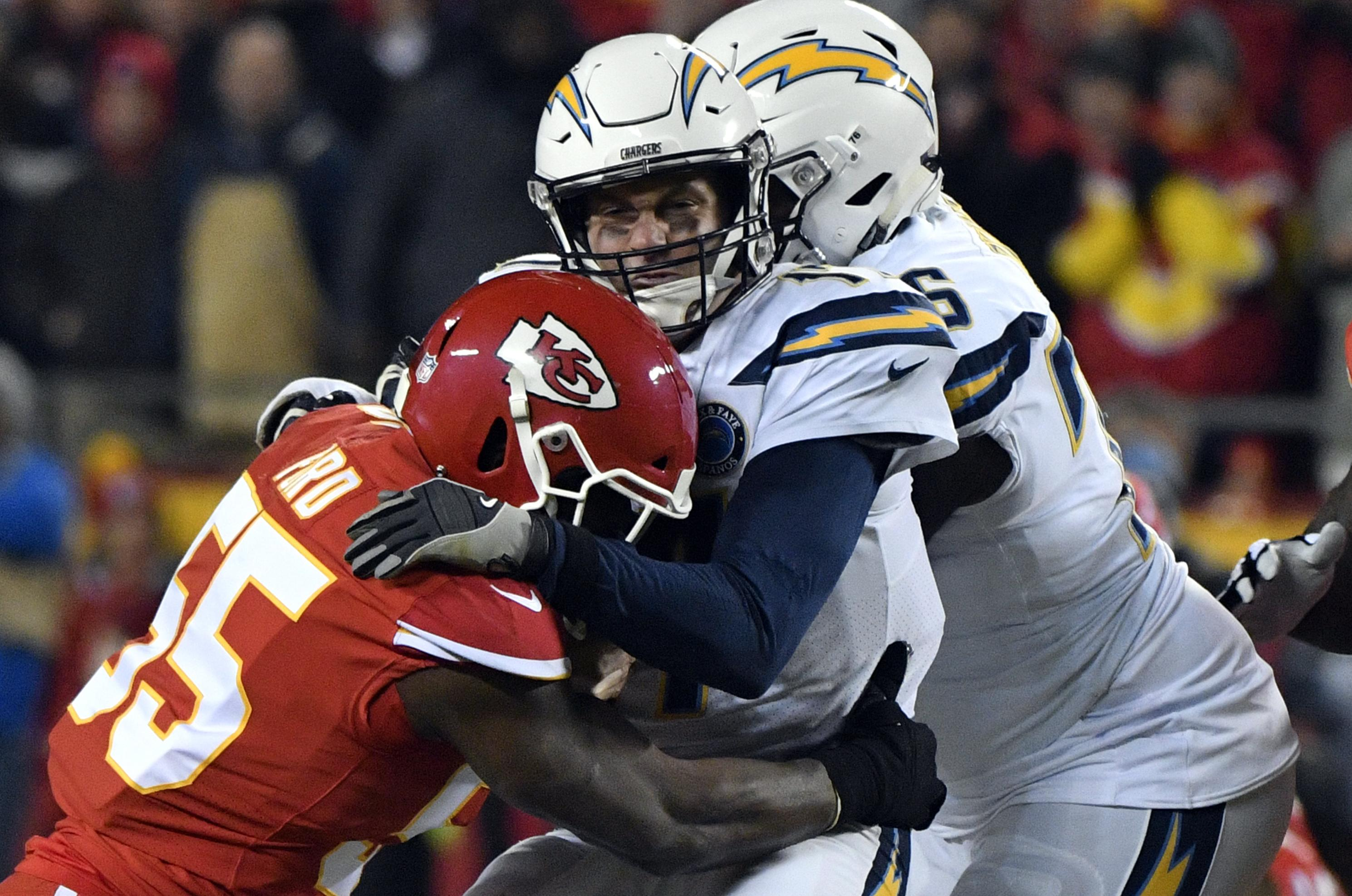 Hot Kansas City Chiefs make franchise tag on linebacker Dee Ford  hot sale