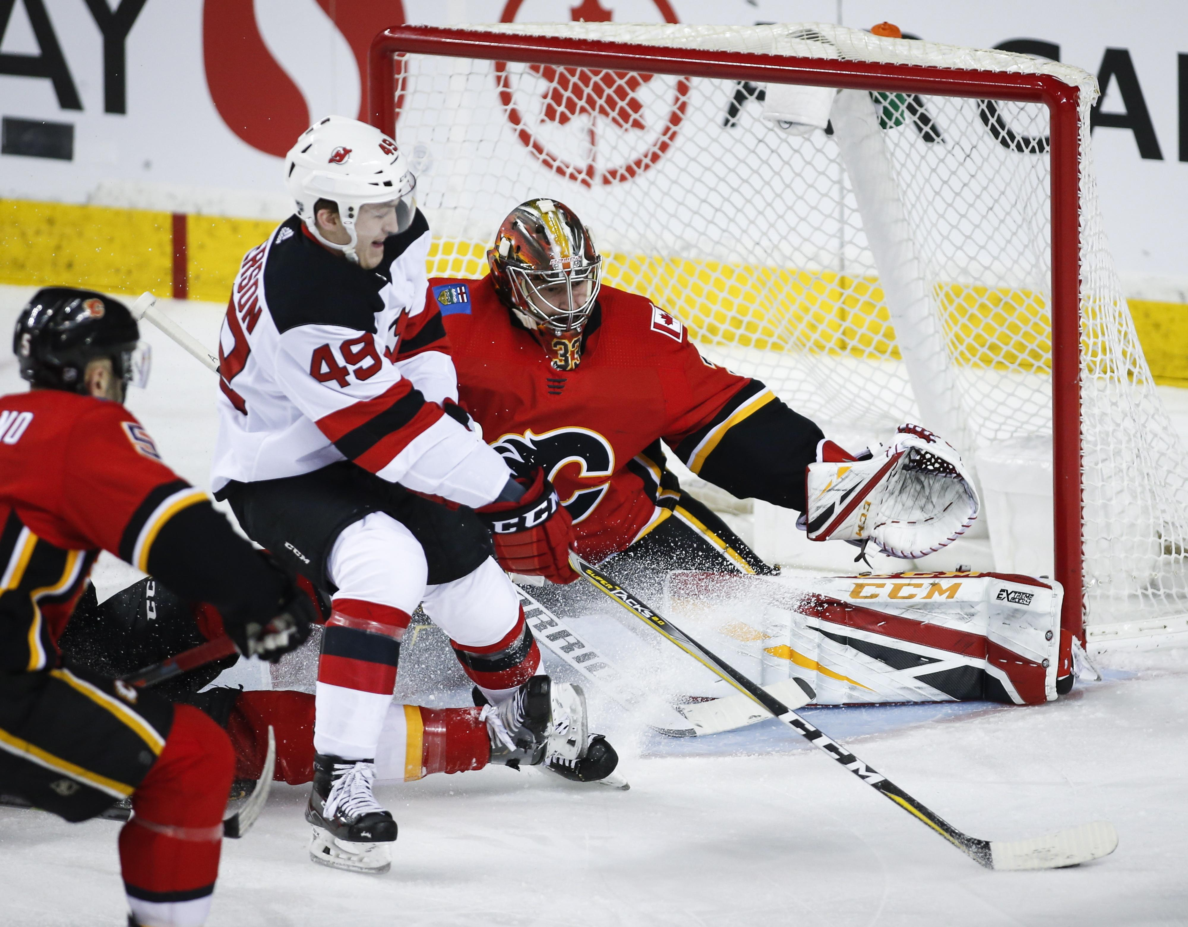 online store f793b 4265c NHL roundup: Johnny Gaudreau powers Flames past Devils 9-4 ...