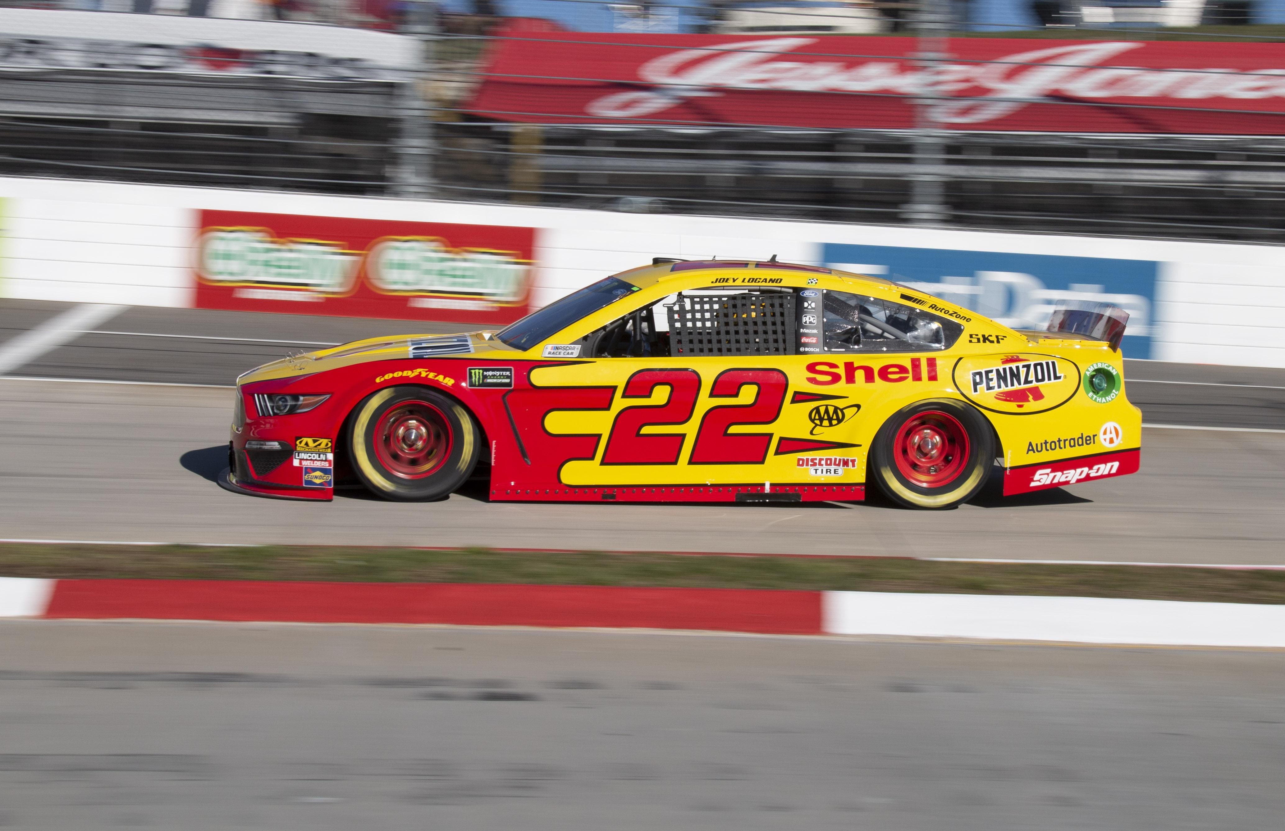Joey Logano leads pack of Fords to front at Martinsville Speedway