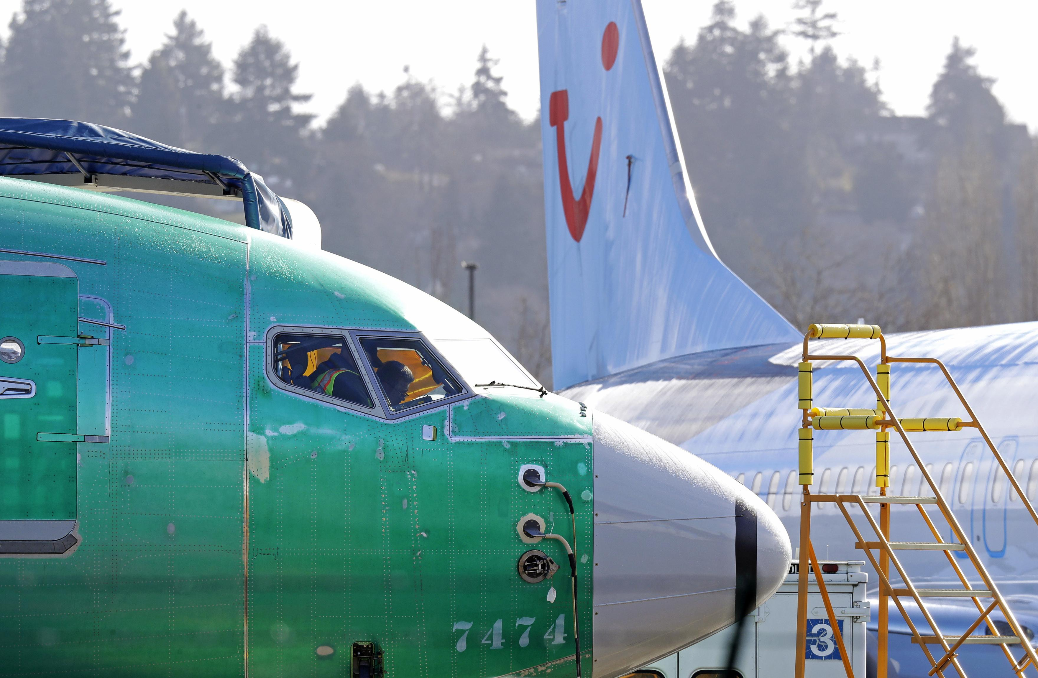 Early fix for 737 MAX 8 was in FAA's hands 7 weeks before