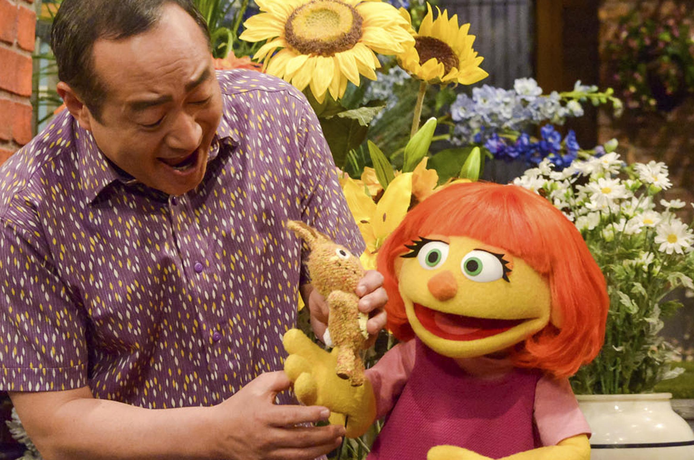 Cautionary Tale Of 4 Year Old Autistic >> Spokane Autism Advocate Sesame Street Muppet Great For Community