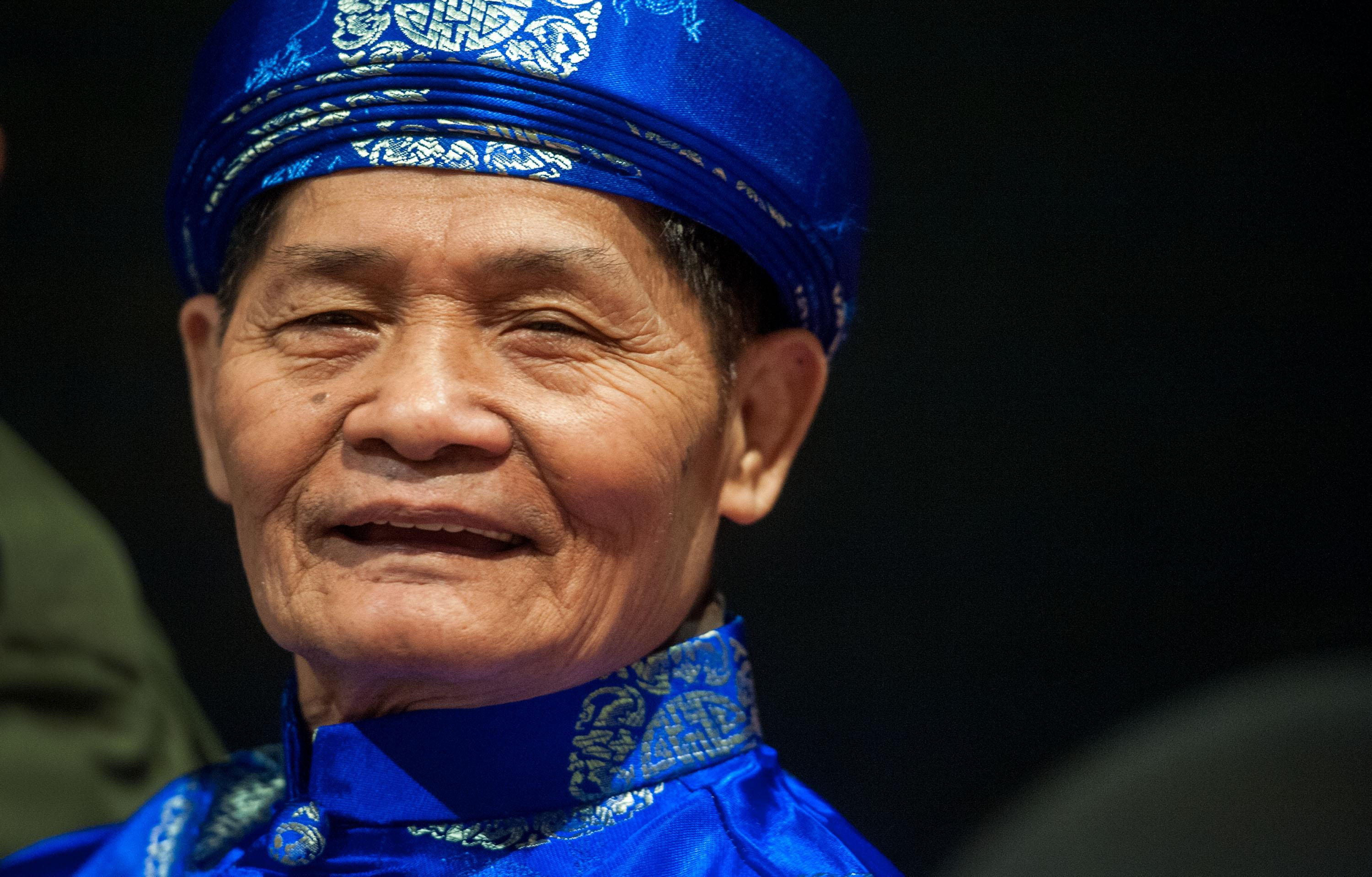 Lam Nguyen Wears Traditional Men S Ceremonial Clothing During Vietnamese Heritage Day At Genesis Event Center In