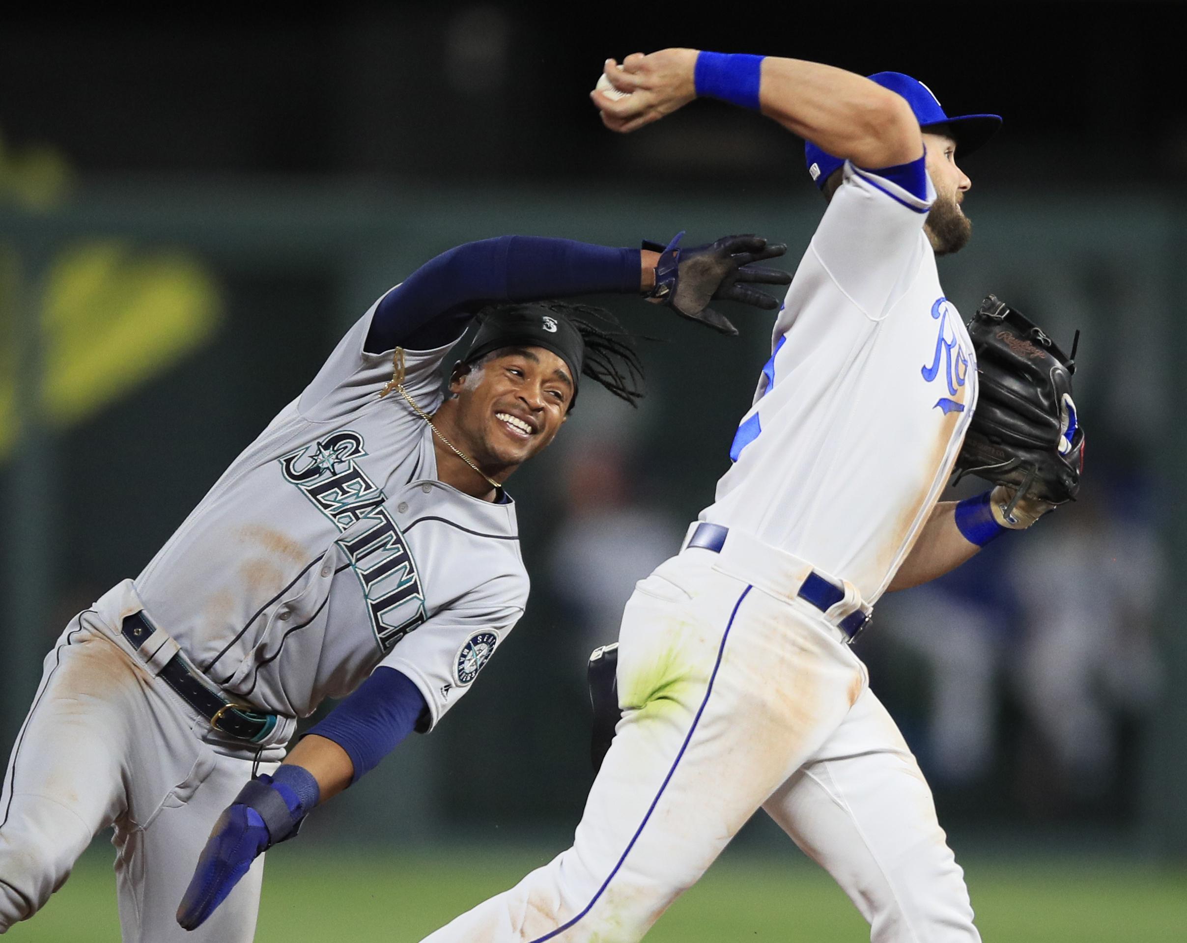 92be59a3d3f Kansas City Royals second baseman Chris Owings