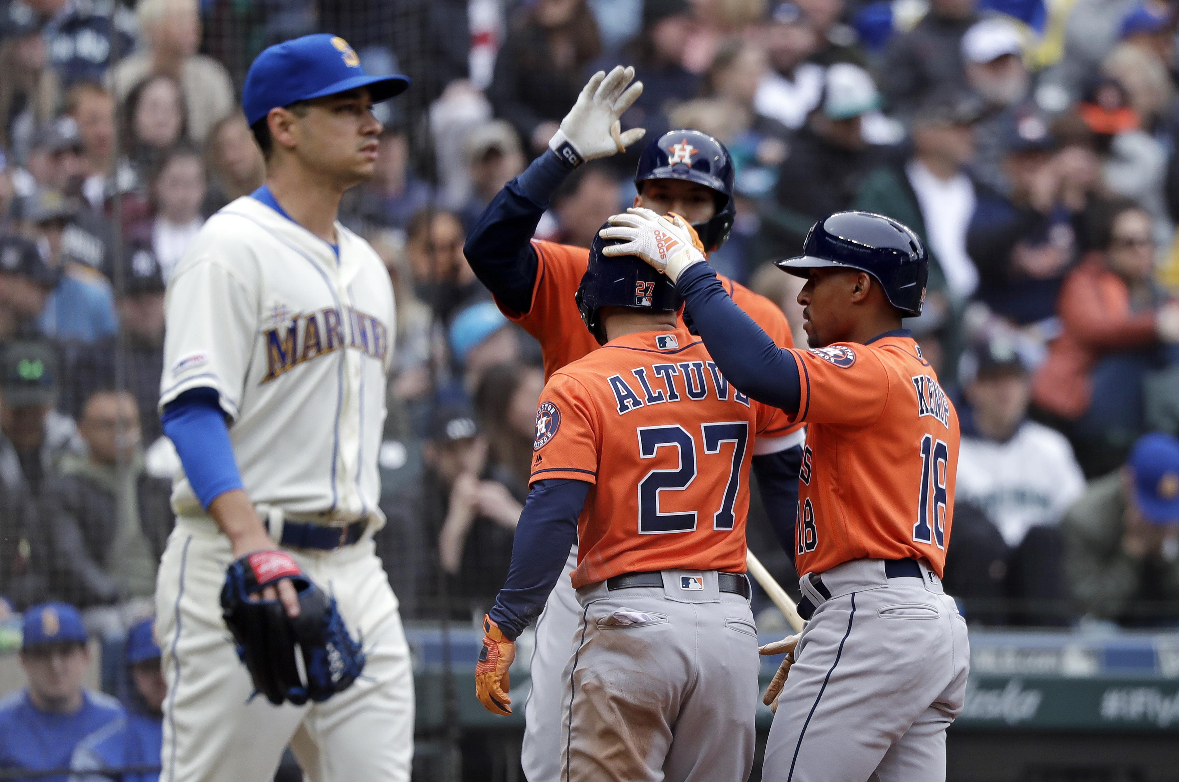 newest e3c6e df835 Mariners lose 3-2 as Houston Astros complete three-game ...