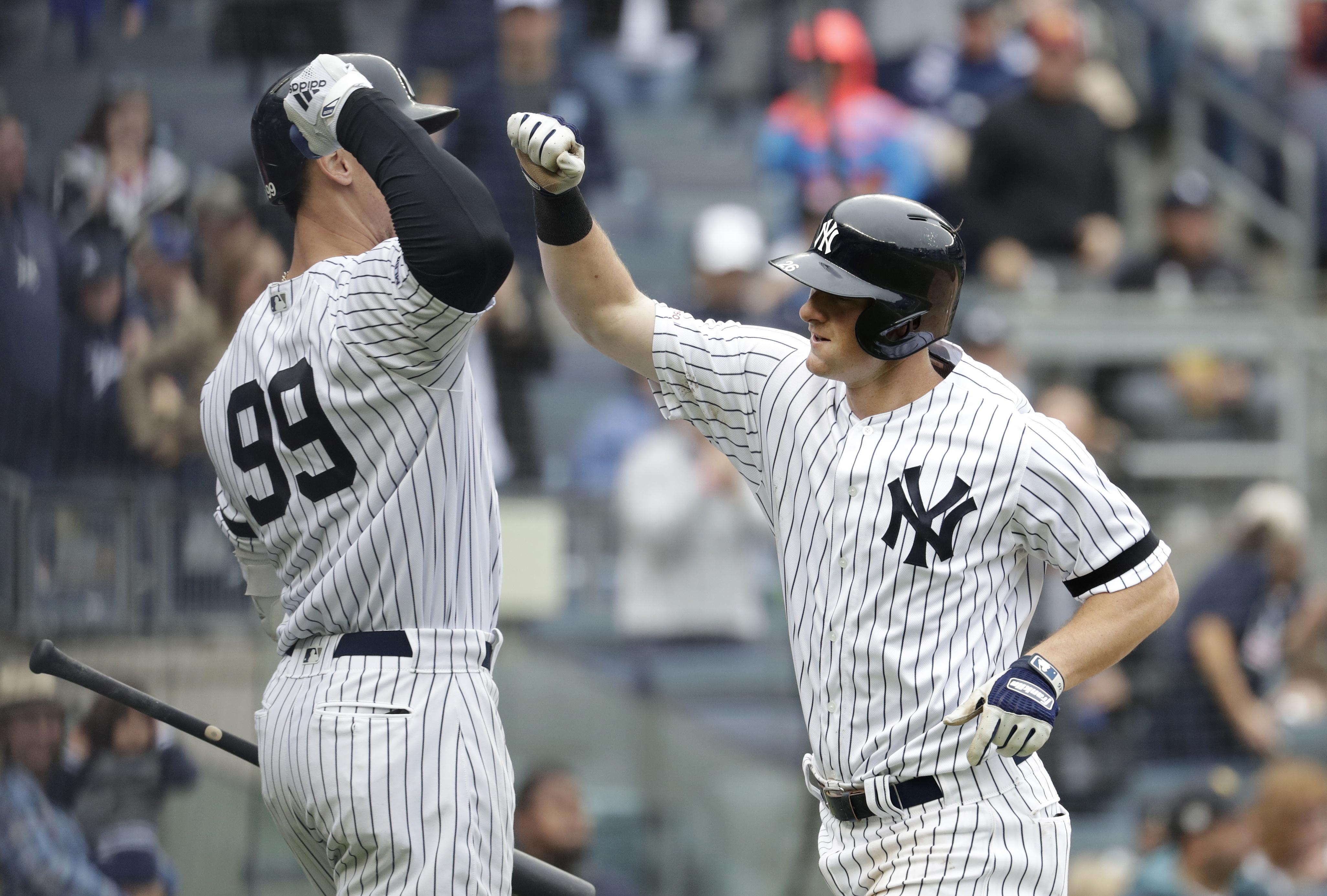 2f3139aa651 MLB roundup  Aaron Judge hurts oblique as Yankees beat Royals 9-2 ...