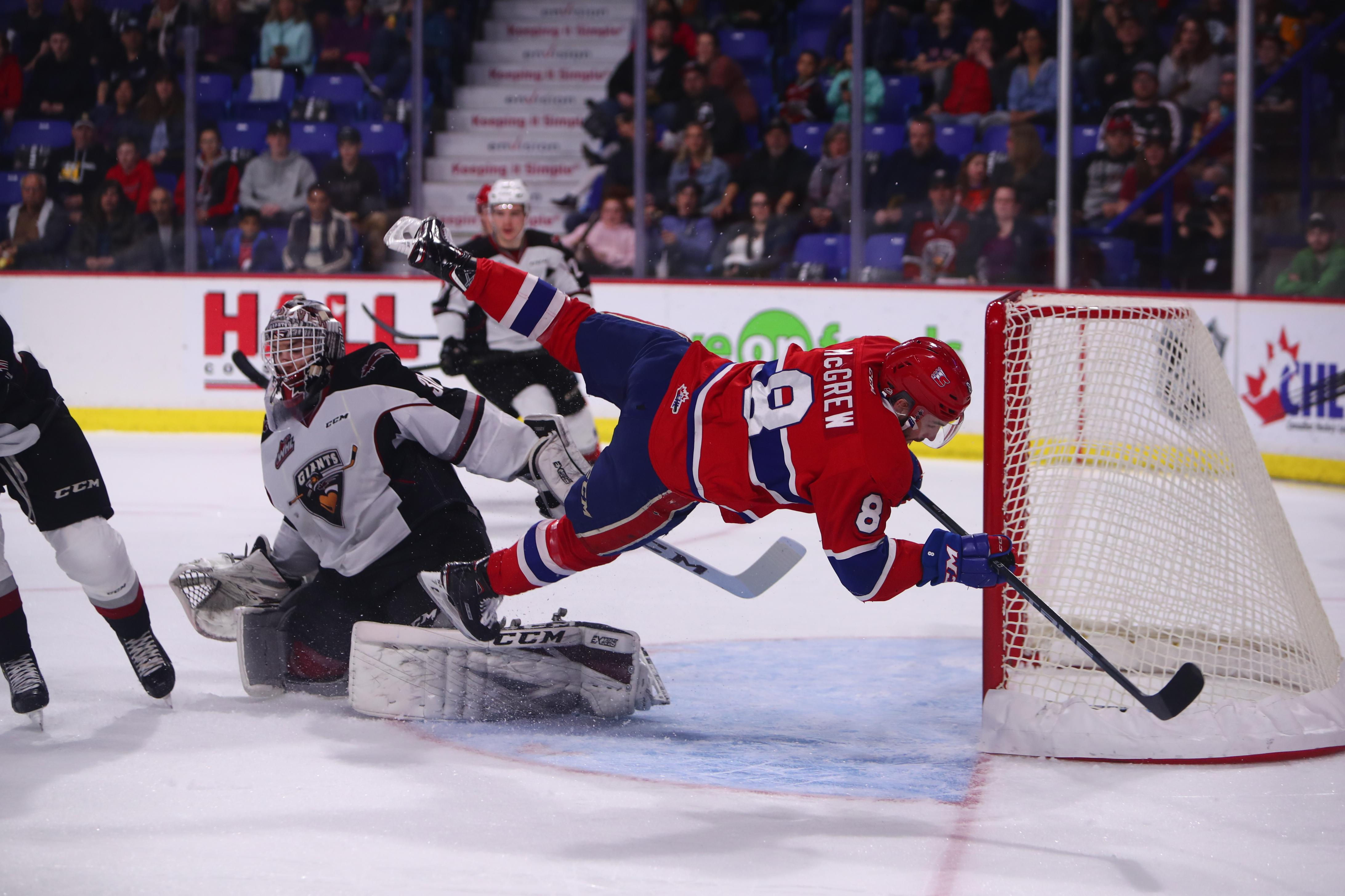 Chiefs Collapse In Third Period Drop Game 2 At Vancouver The