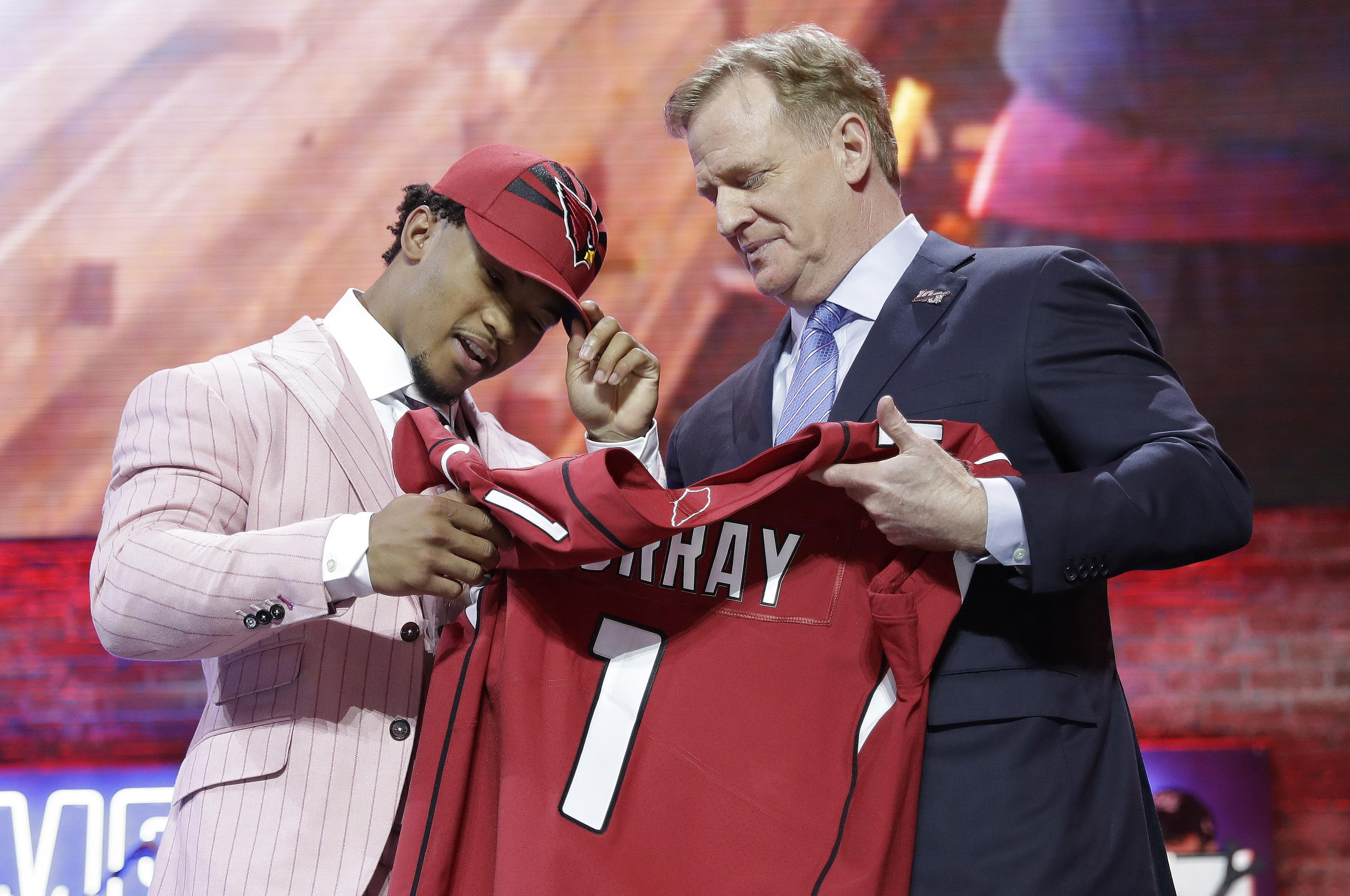 2a3eae07d Oklahoma quarterback Kyler Murray poses with Commissioner Roger Goodell  after the Arizona Cardinals selected him No