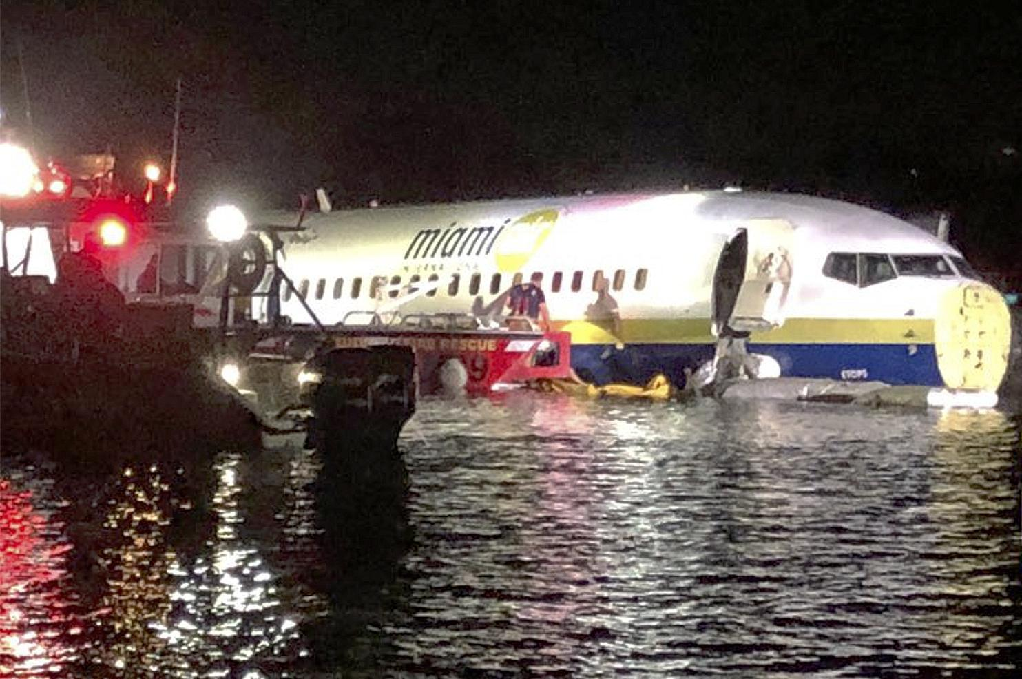 Plane crashes into Florida river at end of runway, no deaths | The