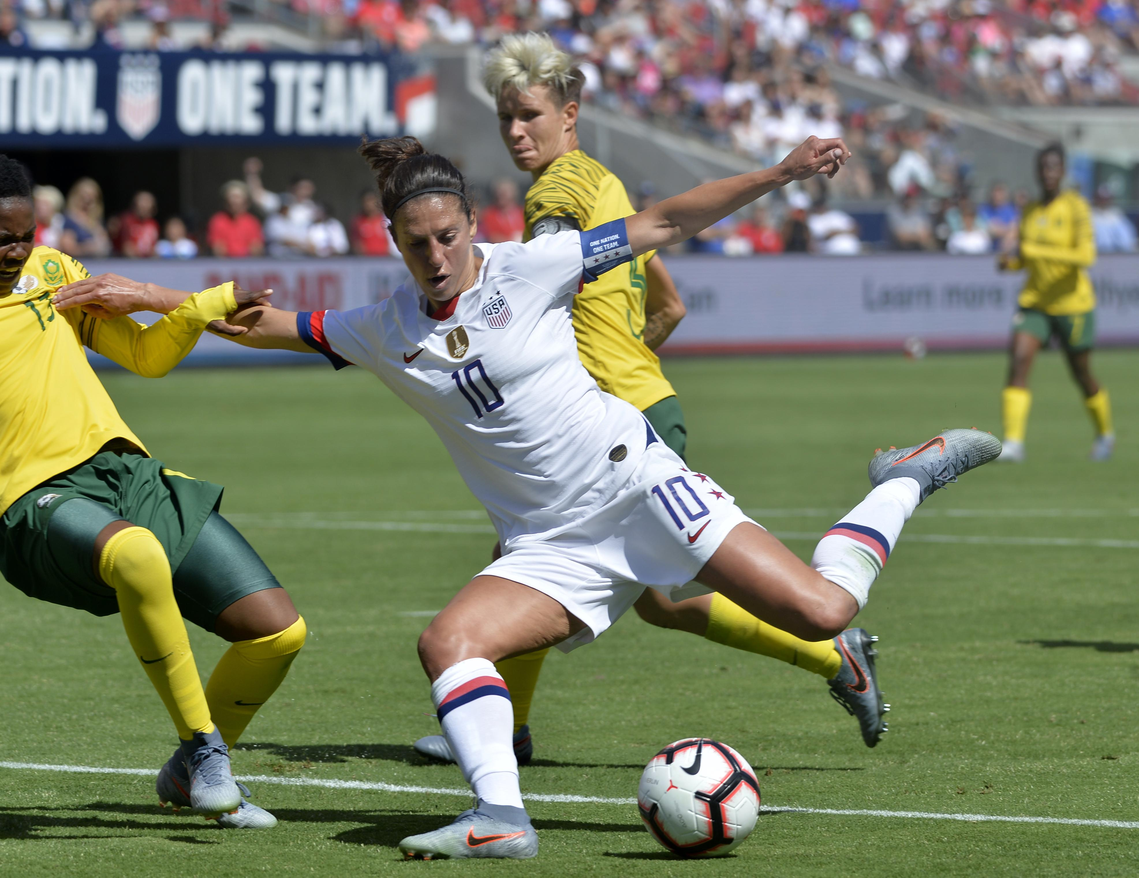 Carli Lloyd Helps U S Women To 5 0 Win Over New Zealand The