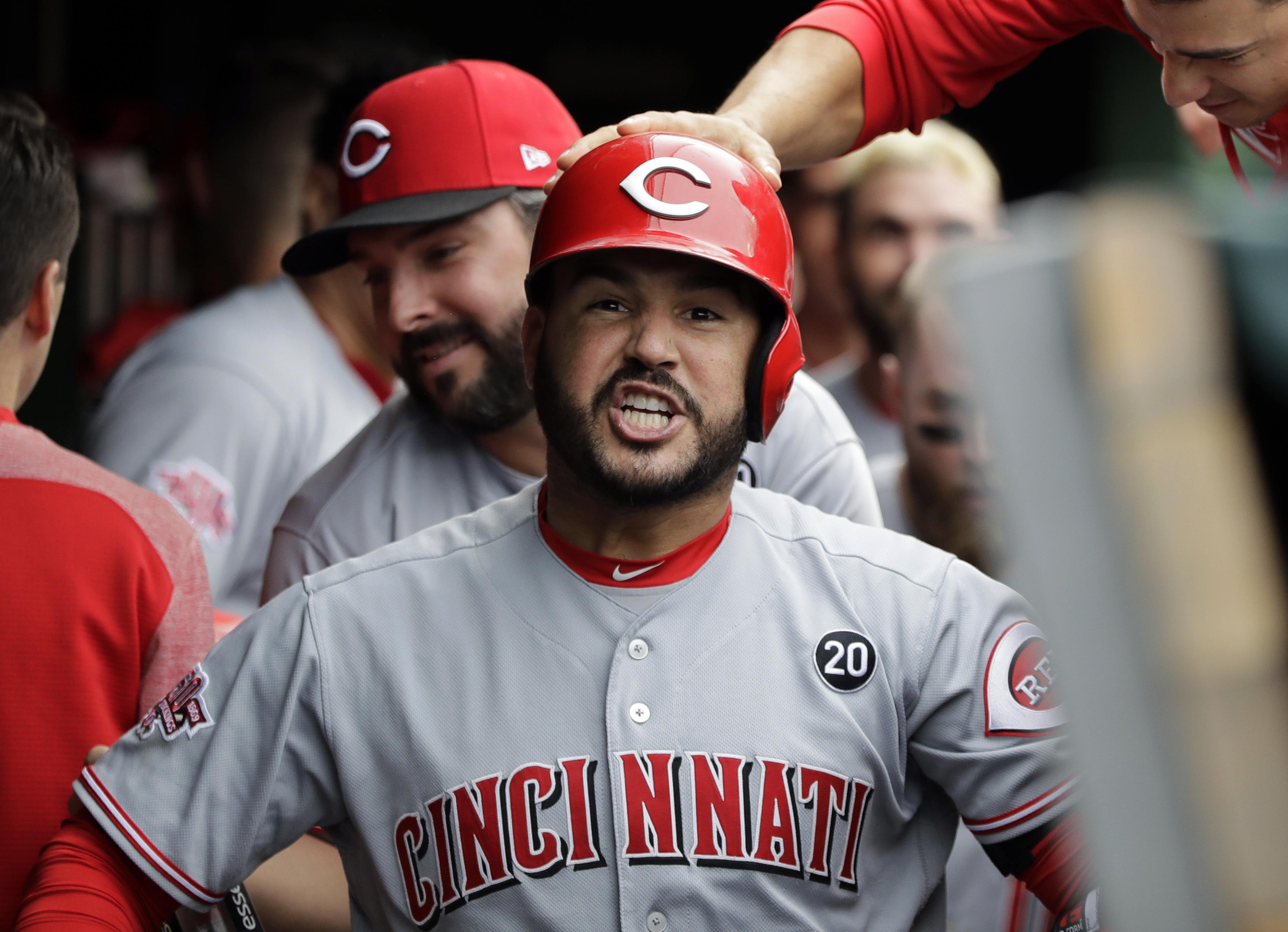 wholesale dealer db2f5 7f966 MLB roundup: Eugenio Suarez hits 2-run homer in 9th as Reds ...
