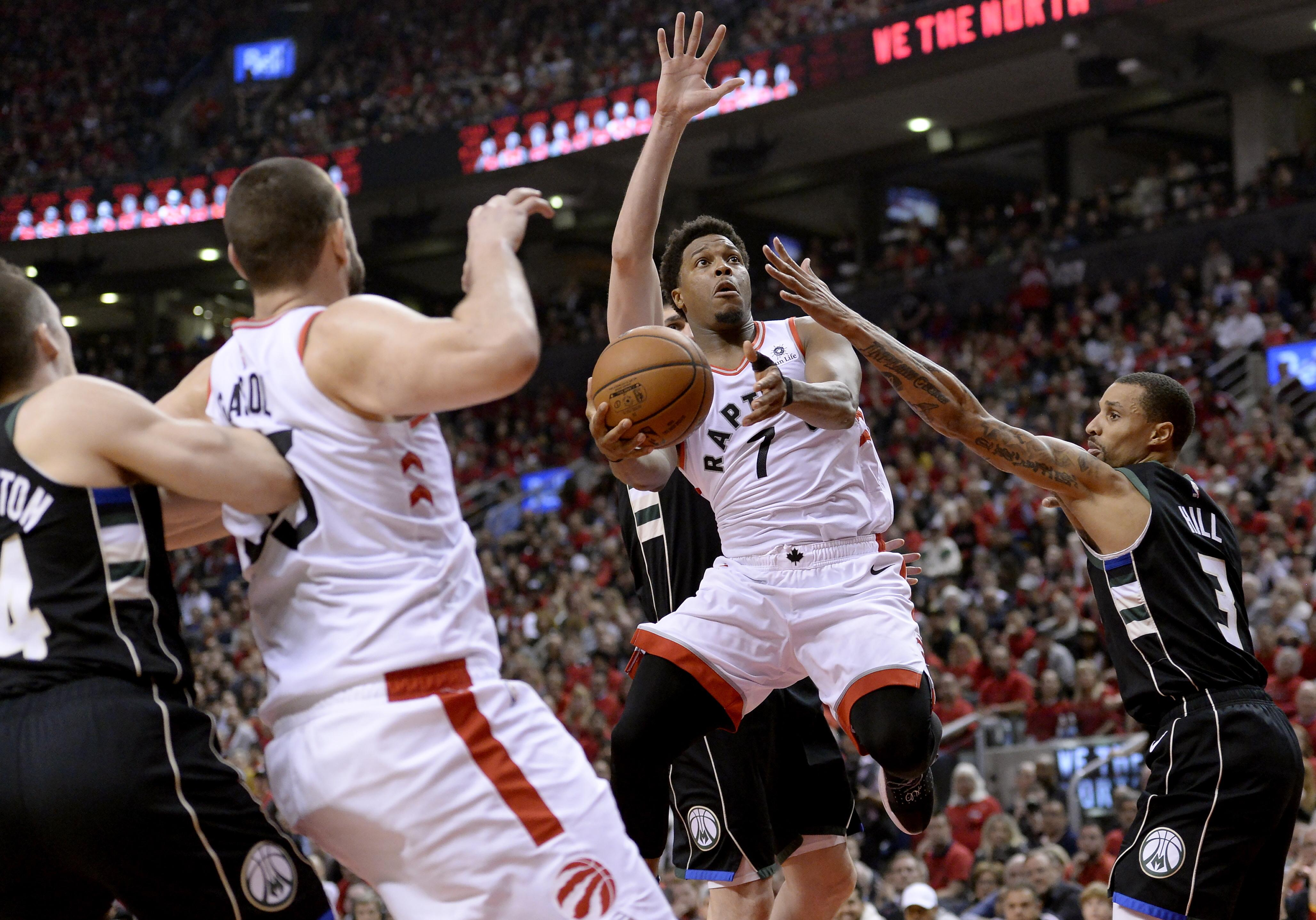 Nhìn vào 3 điều Golden State Warriors nên làm để bảo vệ ngôi vô địch trước sức ép của Toronto Raptors