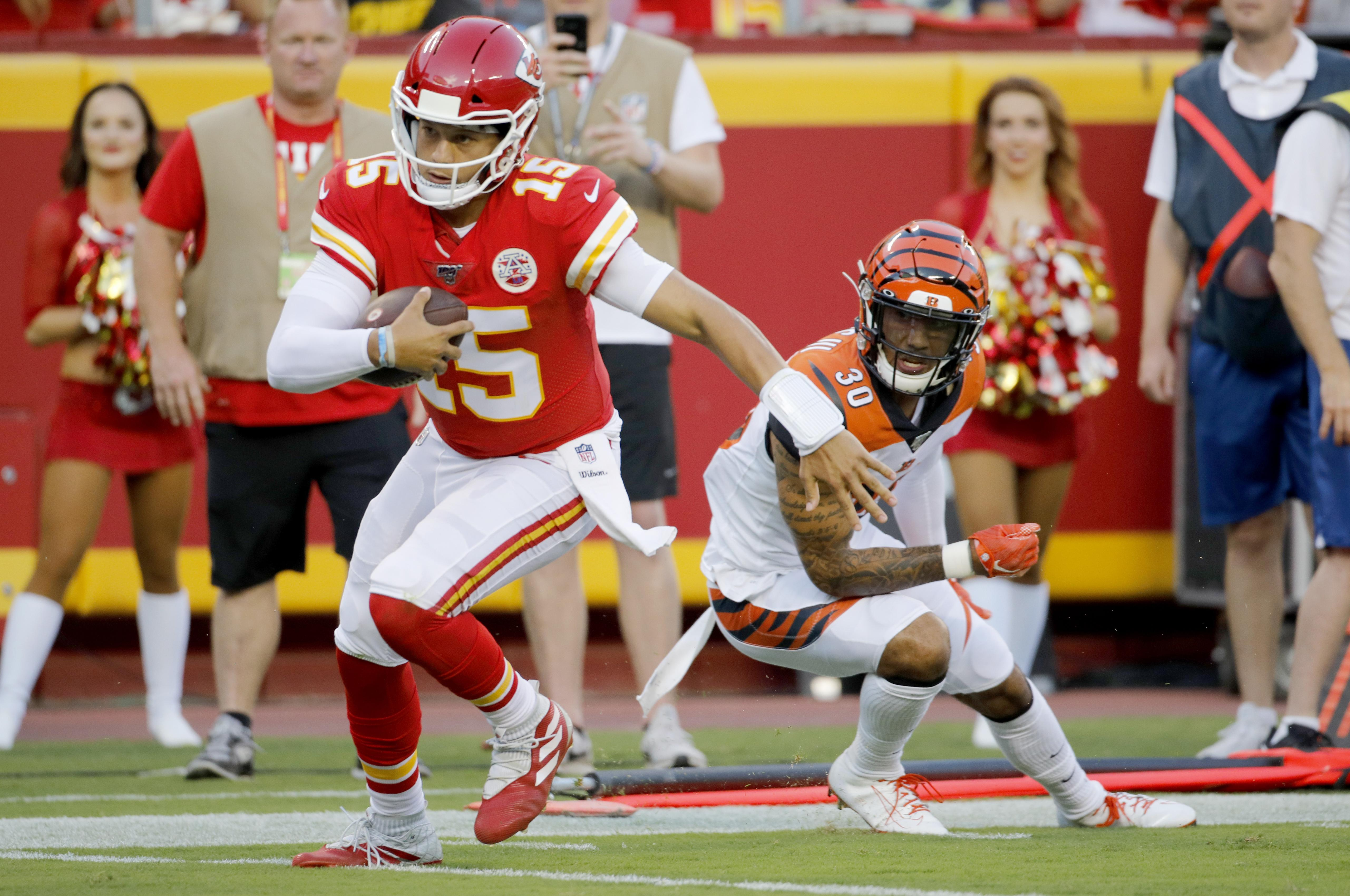 buy online d5012 4469b NFL preseason roundup: Patrick Mahomes leads Chiefs to TD in ...