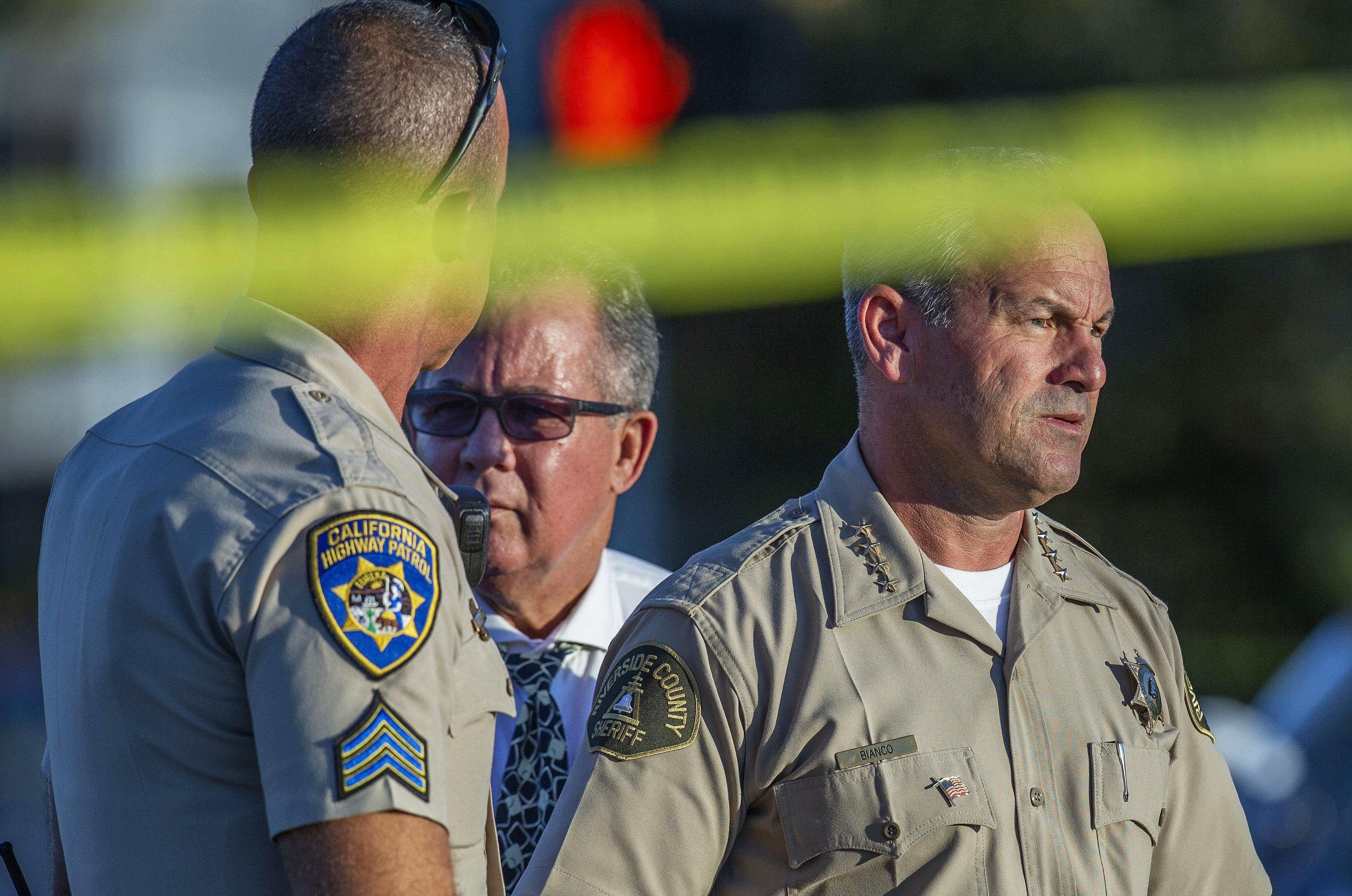 Wild California freeway shootout leaves officer, gunman dead