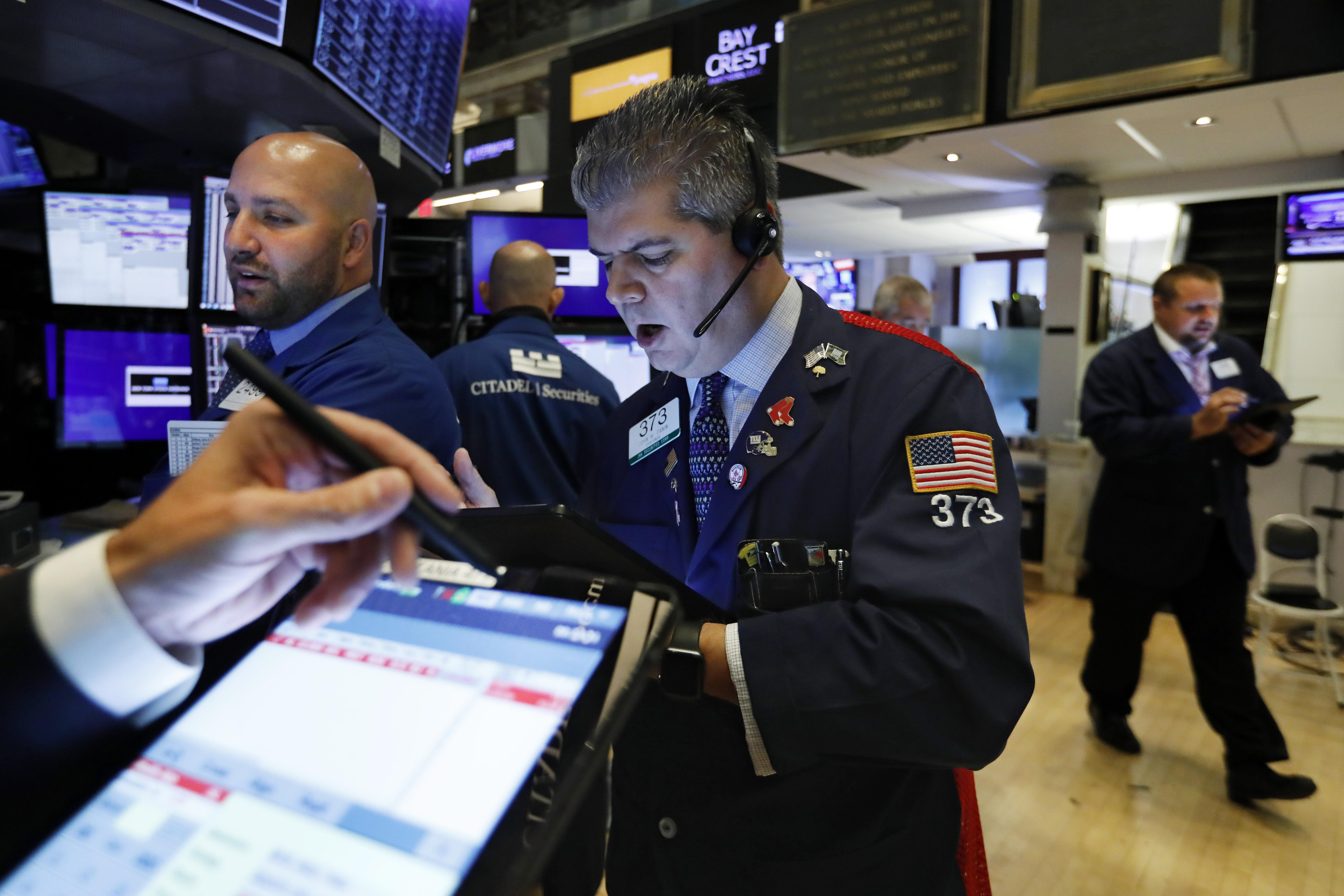 Stocks notch gains, erase prior day's losses for S&P 500