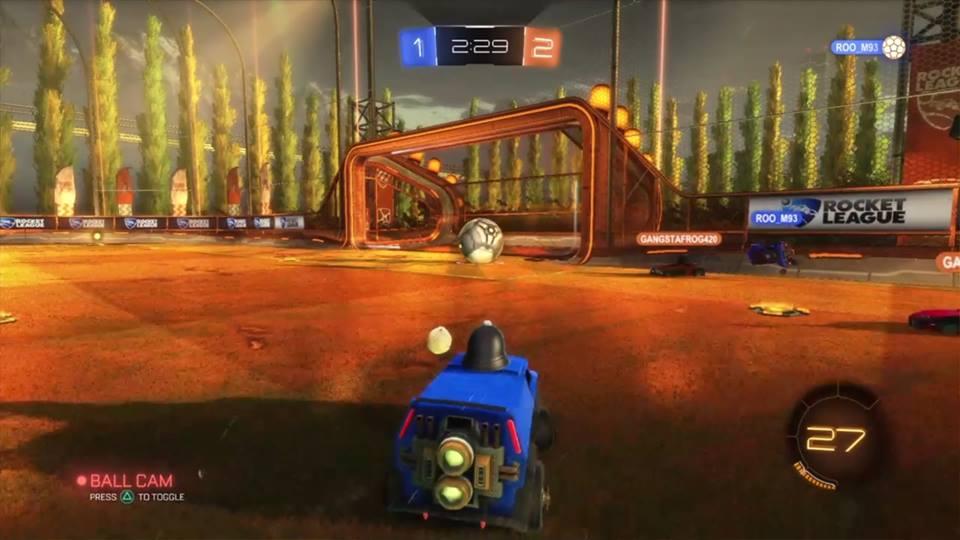 "In-game screenshot of ""Rocket League"""